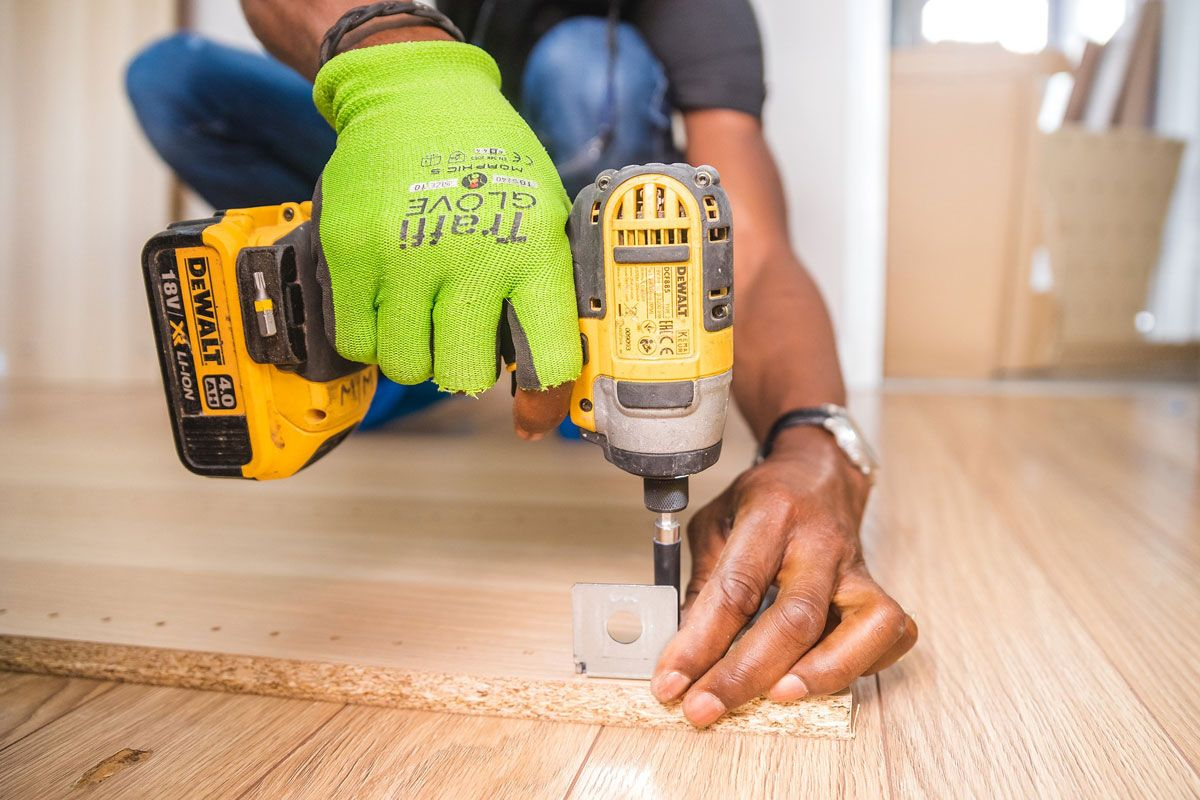 Simple Steps for Replacing old Tiling | Techno Plus บริษัทรับซ่อมโครงสร้างอาคาร ระบบกันซึม ระบบเคลือบพื้นผิว